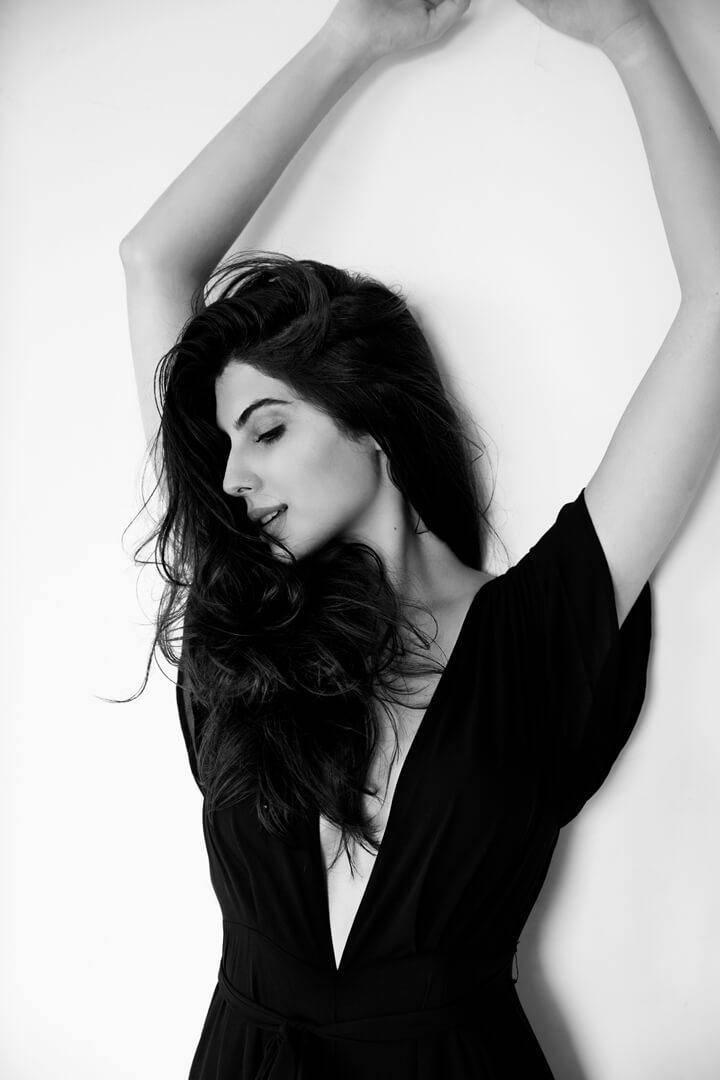 Elnaaz Norouzi Iranian Black Sexy Top Smiling