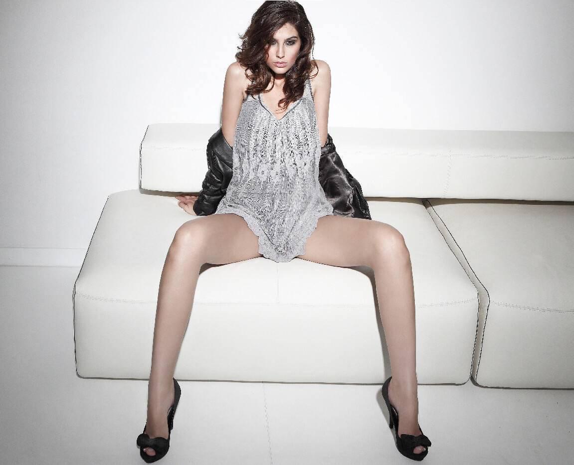 Elnaaz Norouzi Modelling Career Sitting Couch