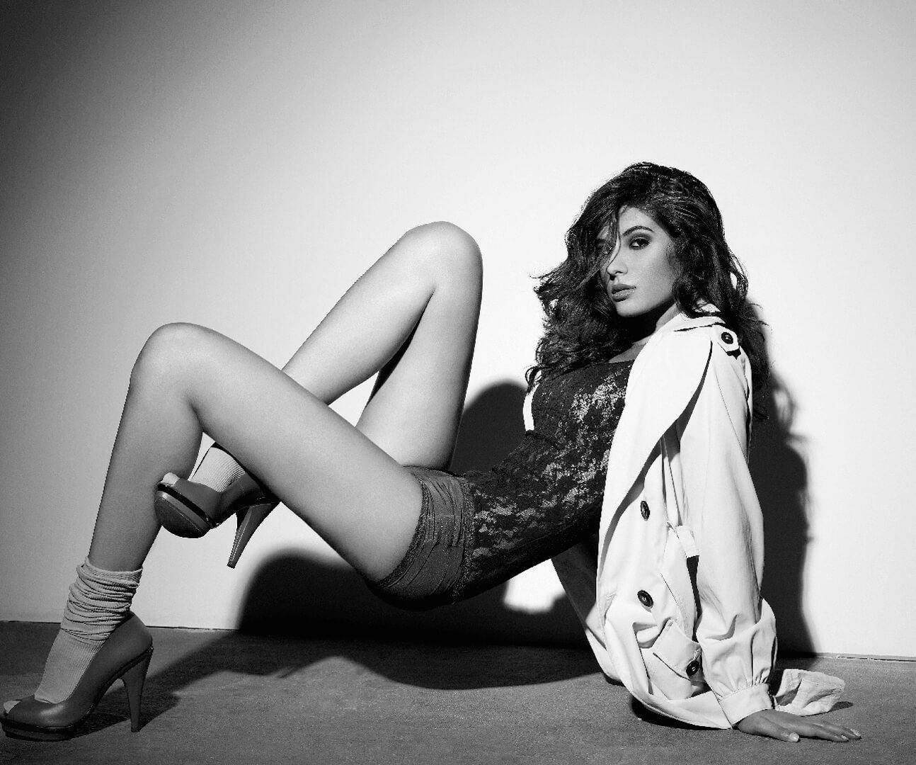 Elnaaz Norouzi Modelling Career Sitting Floor