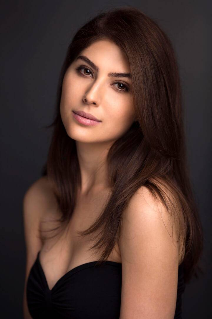 International Model Elnaaz Norouzi Actress Black Top Photo