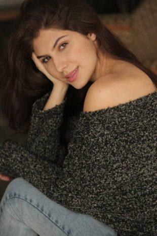 International Model Actress Elnaaz Photoshoot