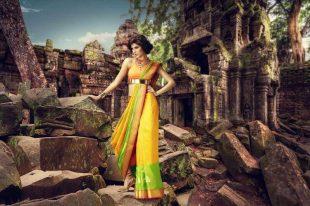 Model Elnaaz Norouzi Promo Ad Photoshoot