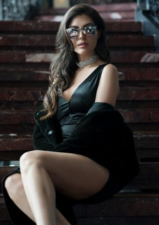 elnaaz norouzi fashion photographs (4)
